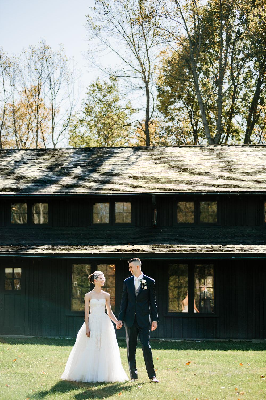 happy-days-lodge-cuyahoga-valley-national-park-wedding-photographers-peninsula-ohio-58.jpg
