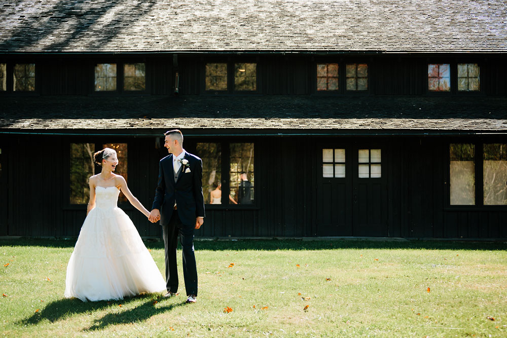 happy-days-lodge-cuyahoga-valley-national-park-wedding-photographers-peninsula-ohio-59.jpg