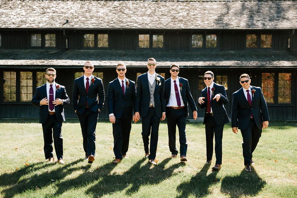 happy-days-lodge-cuyahoga-valley-national-park-wedding-photographers-peninsula-ohio-70.jpg