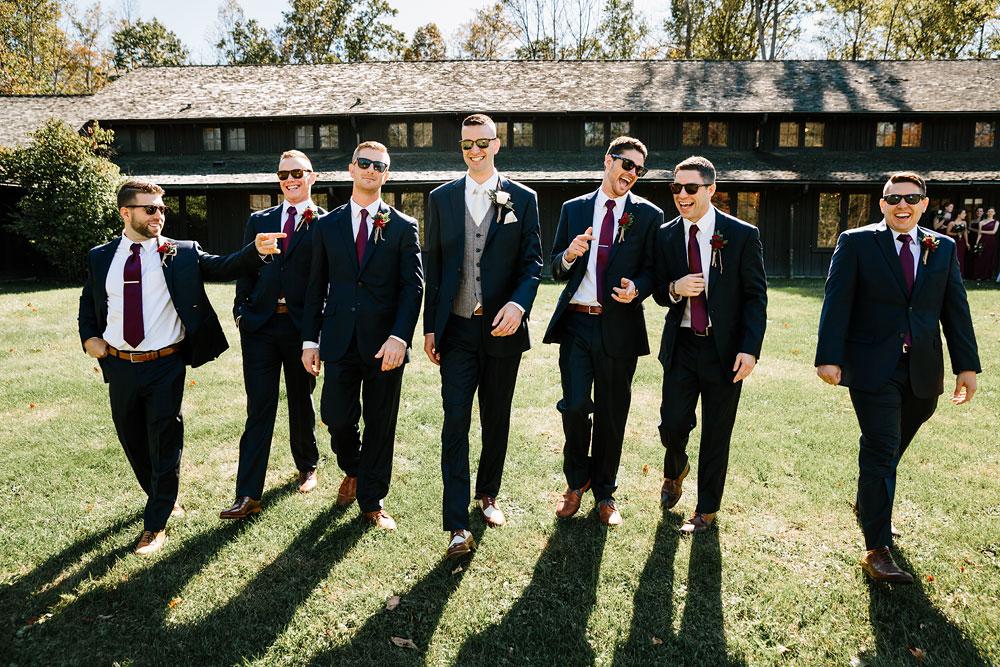 happy-days-lodge-cuyahoga-valley-national-park-wedding-photographers-peninsula-ohio-71.jpg