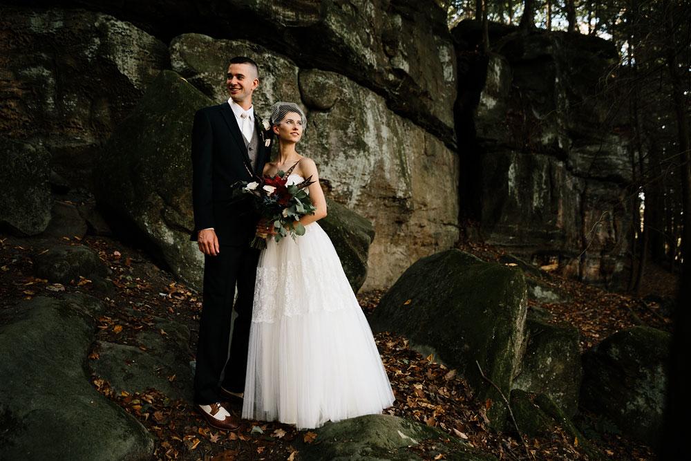 happy-days-lodge-cuyahoga-valley-national-park-wedding-photographers-peninsula-ohio-73.jpg