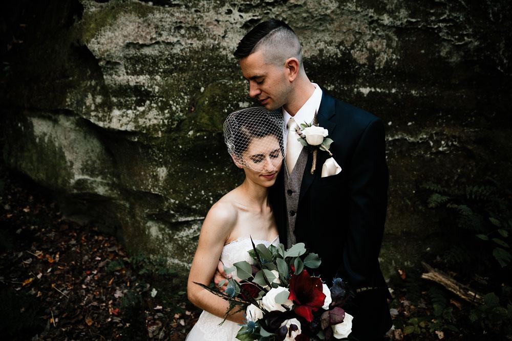 happy-days-lodge-cuyahoga-valley-national-park-wedding-photographers-peninsula-ohio-78.jpg