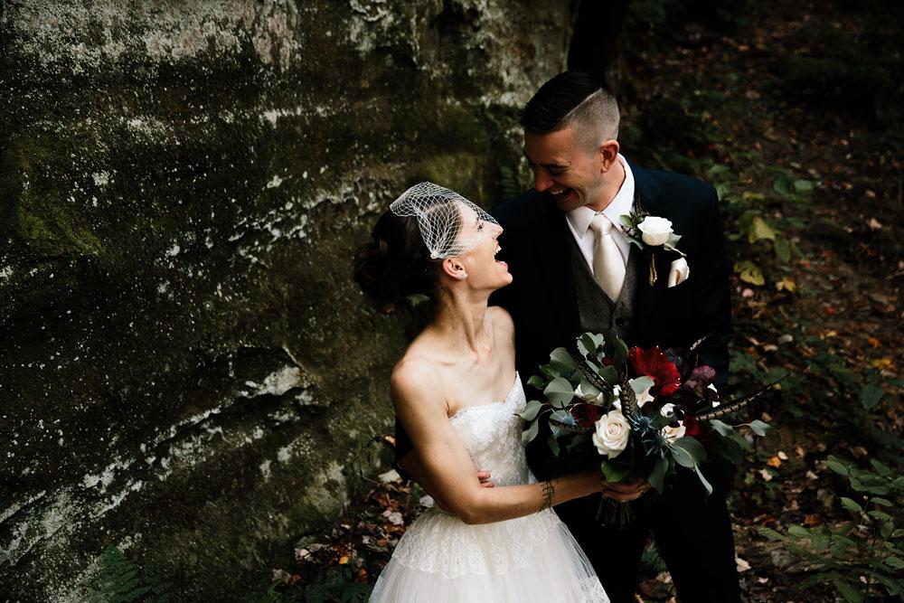 happy-days-lodge-cuyahoga-valley-national-park-wedding-photographers-peninsula-ohio-81.jpg