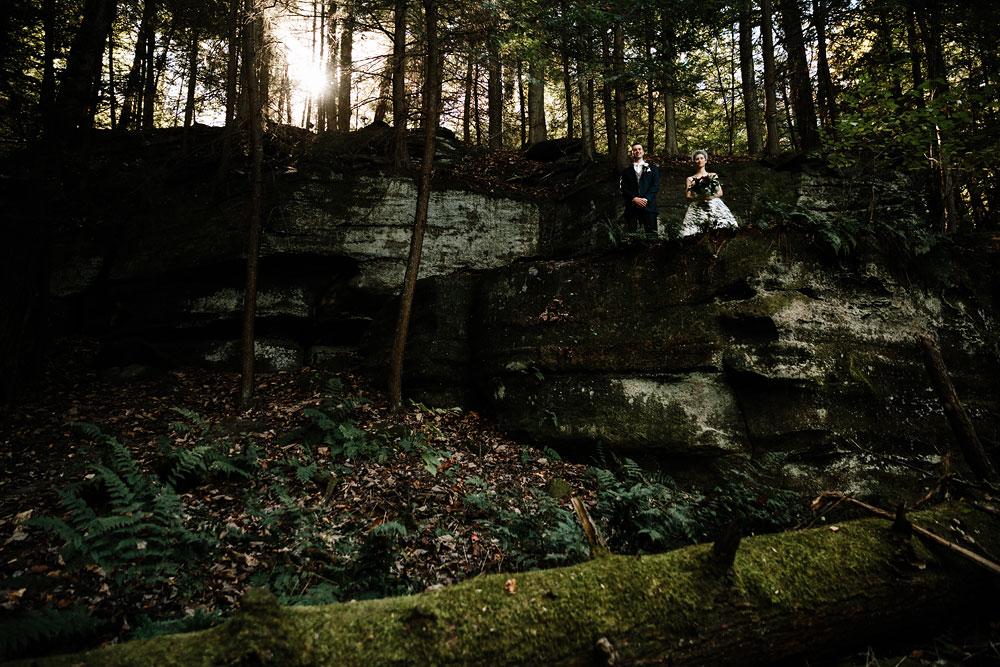 happy-days-lodge-cuyahoga-valley-national-park-wedding-photographers-peninsula-ohio-83.jpg