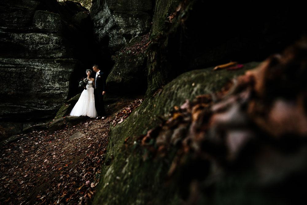 happy-days-lodge-cuyahoga-valley-national-park-wedding-photographers-peninsula-ohio-85.jpg