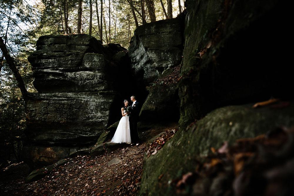 happy-days-lodge-cuyahoga-valley-national-park-wedding-photographers-peninsula-ohio-86.jpg