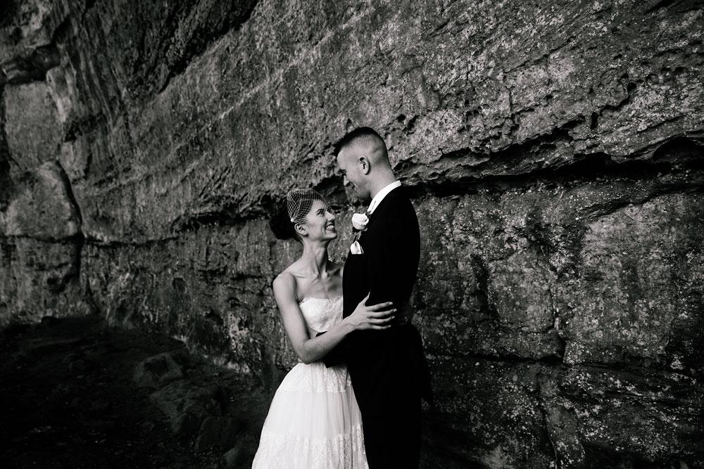 happy-days-lodge-cuyahoga-valley-national-park-wedding-photographers-peninsula-ohio-89.jpg