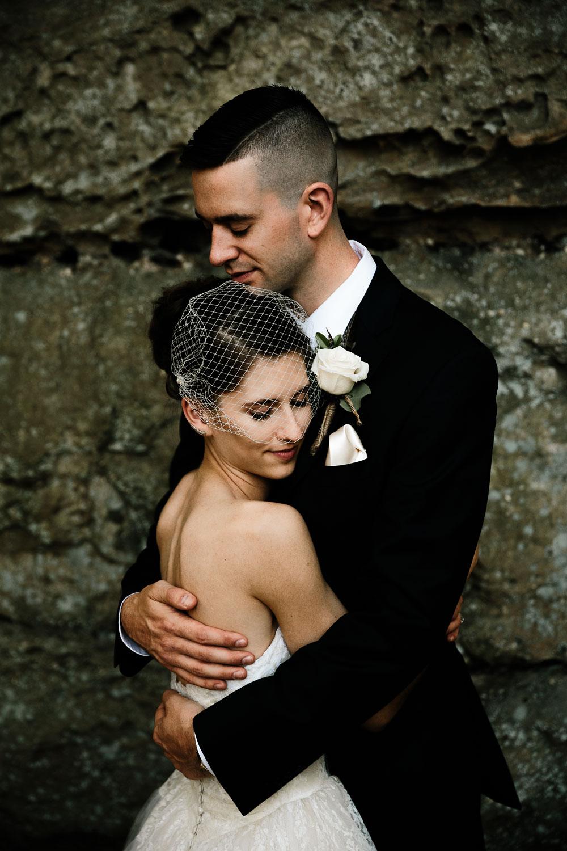 happy-days-lodge-cuyahoga-valley-national-park-wedding-photographers-peninsula-ohio-90.jpg