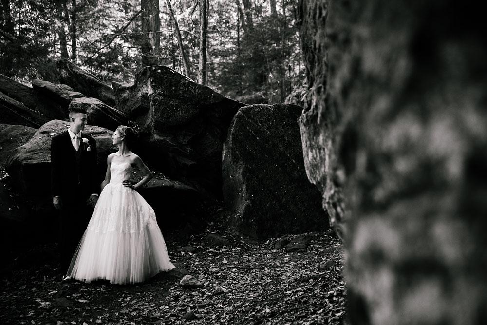 happy-days-lodge-cuyahoga-valley-national-park-wedding-photographers-peninsula-ohio-102.jpg