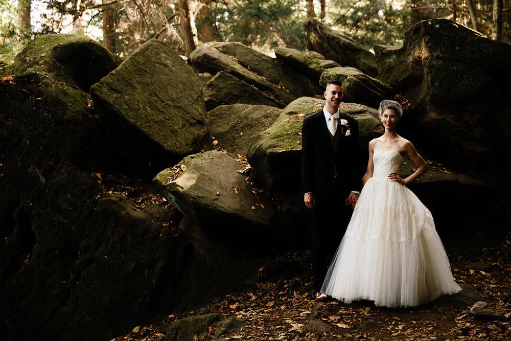 happy-days-lodge-cuyahoga-valley-national-park-wedding-photographers-peninsula-ohio-103.jpg
