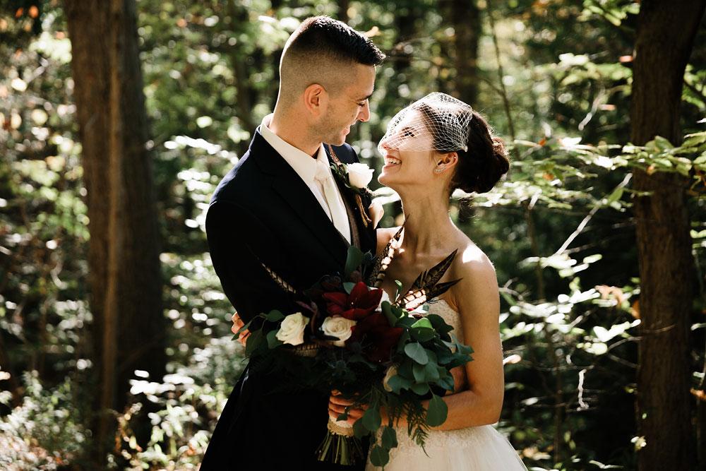 happy-days-lodge-cuyahoga-valley-national-park-wedding-photographers-peninsula-ohio-105.jpg