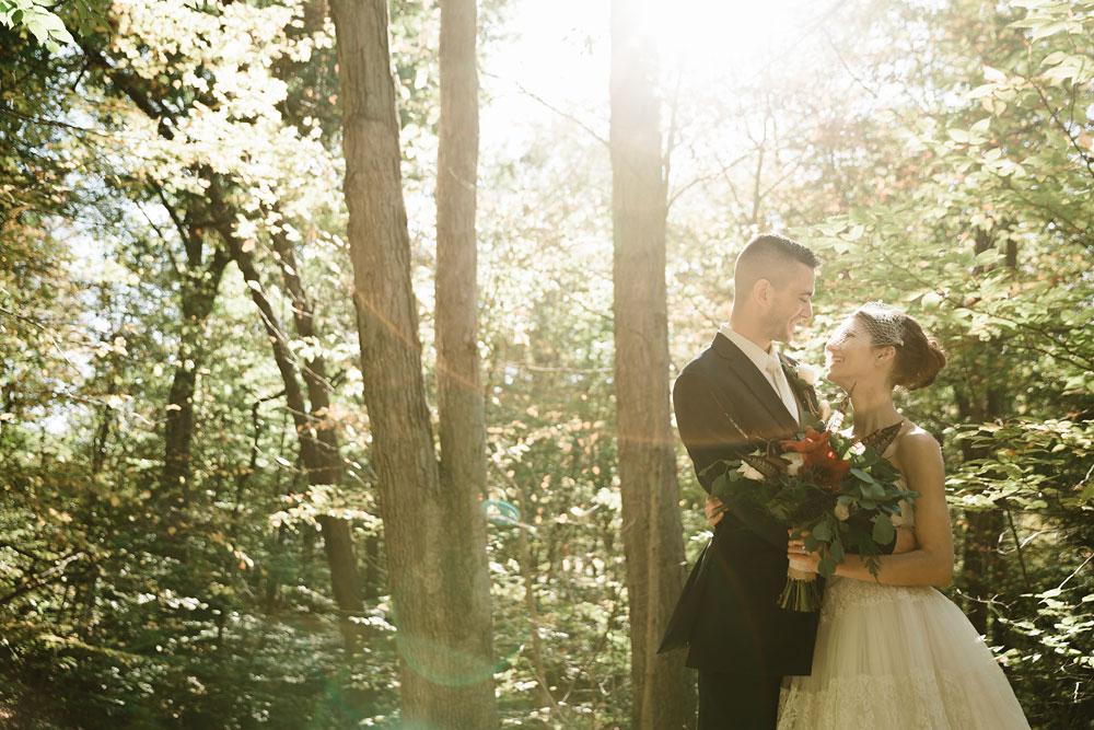 happy-days-lodge-cuyahoga-valley-national-park-wedding-photographers-peninsula-ohio-106.jpg
