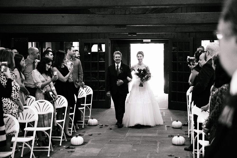 happy-days-lodge-cuyahoga-valley-national-park-wedding-photographers-peninsula-ohio-112.jpg
