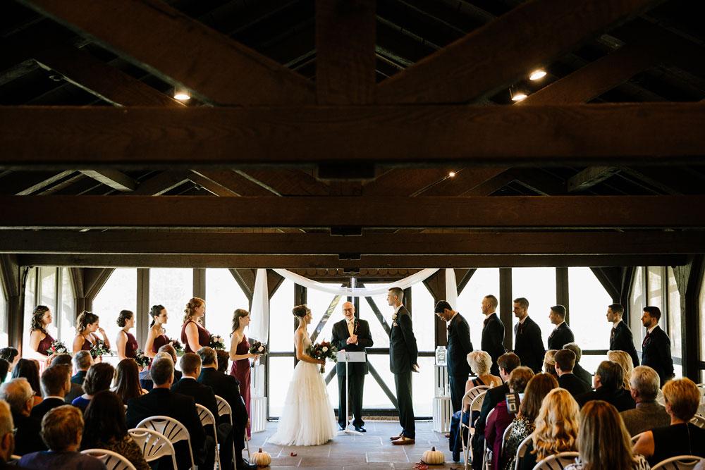 happy-days-lodge-cuyahoga-valley-national-park-wedding-photographers-peninsula-ohio-117.jpg