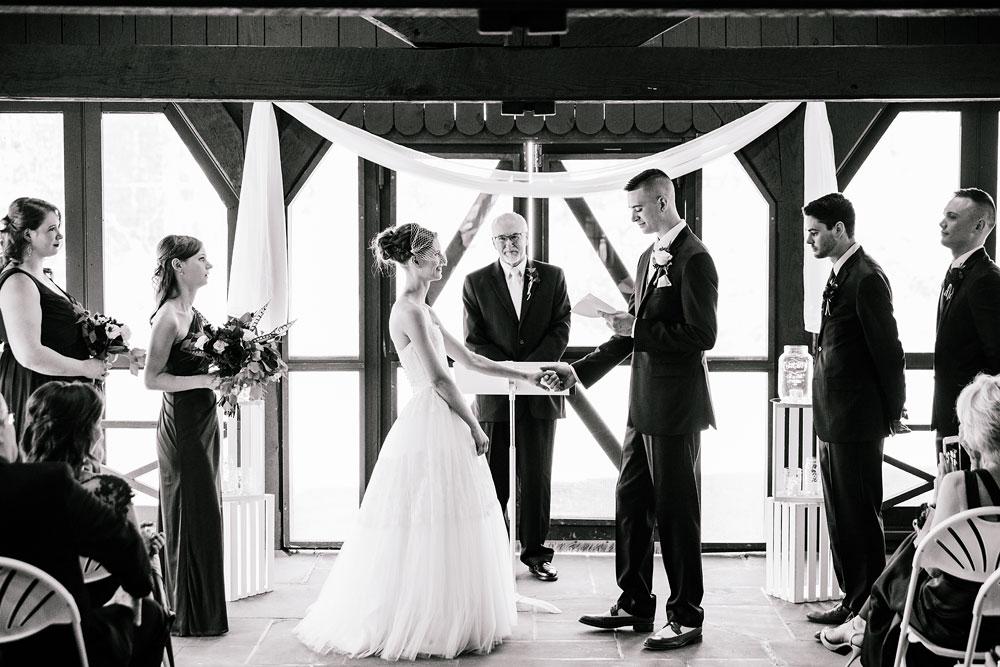 happy-days-lodge-cuyahoga-valley-national-park-wedding-photographers-peninsula-ohio-118.jpg