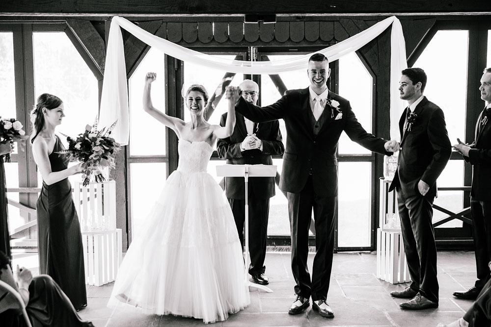 happy-days-lodge-cuyahoga-valley-national-park-wedding-photographers-peninsula-ohio-120.jpg
