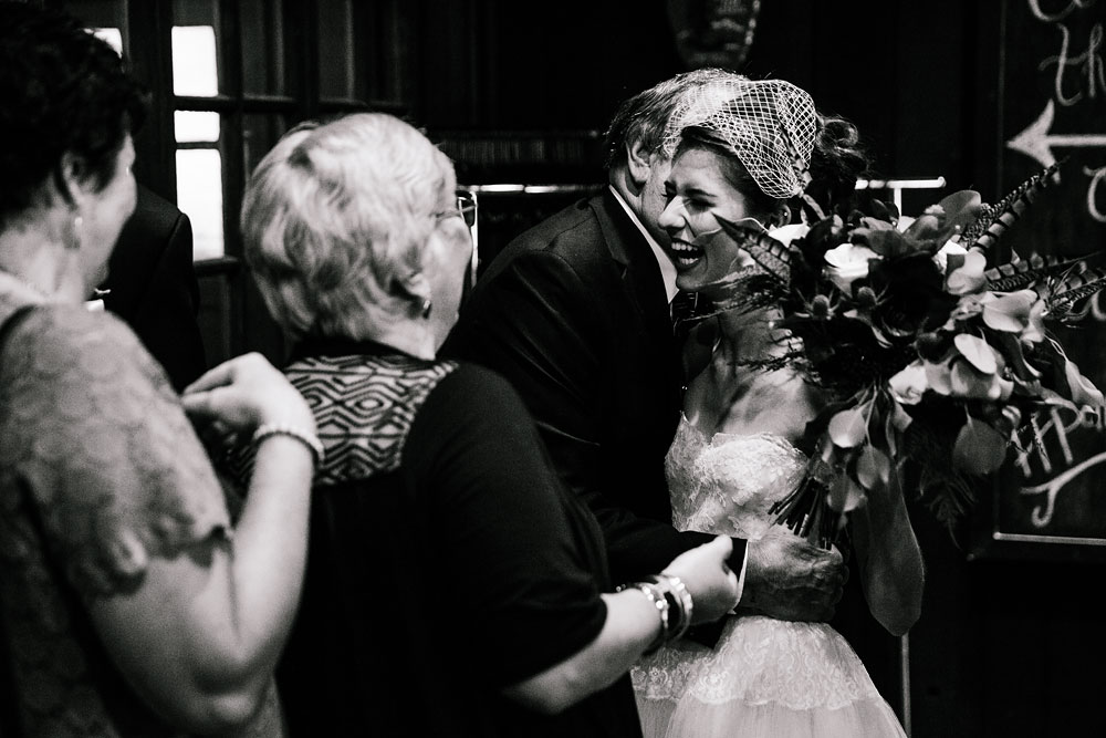 happy-days-lodge-cuyahoga-valley-national-park-wedding-photographers-peninsula-ohio-123.jpg