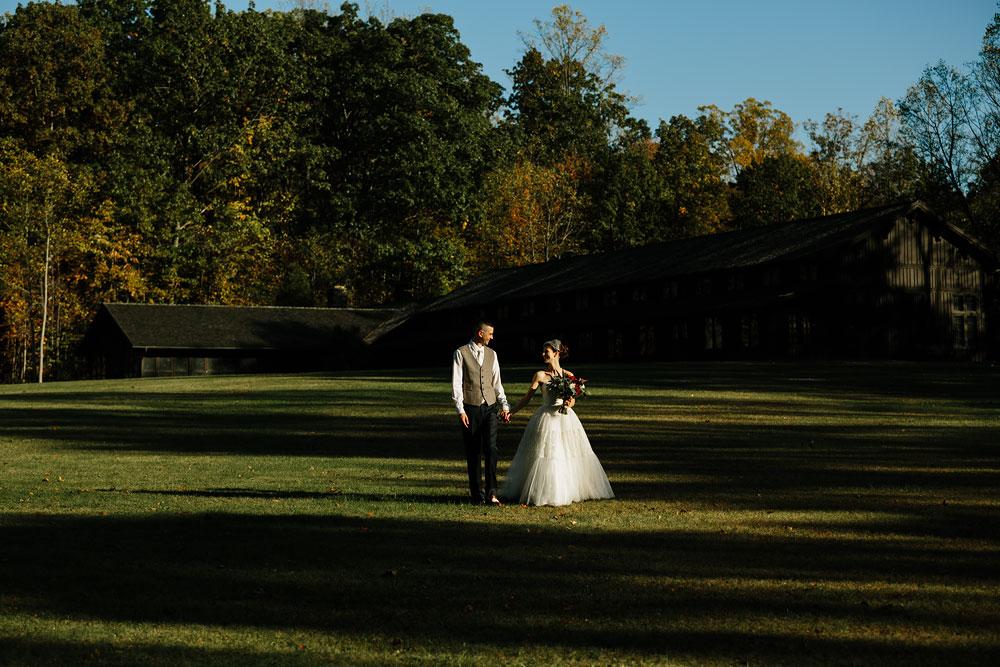 happy-days-lodge-cuyahoga-valley-national-park-wedding-photographers-peninsula-ohio-134.jpg