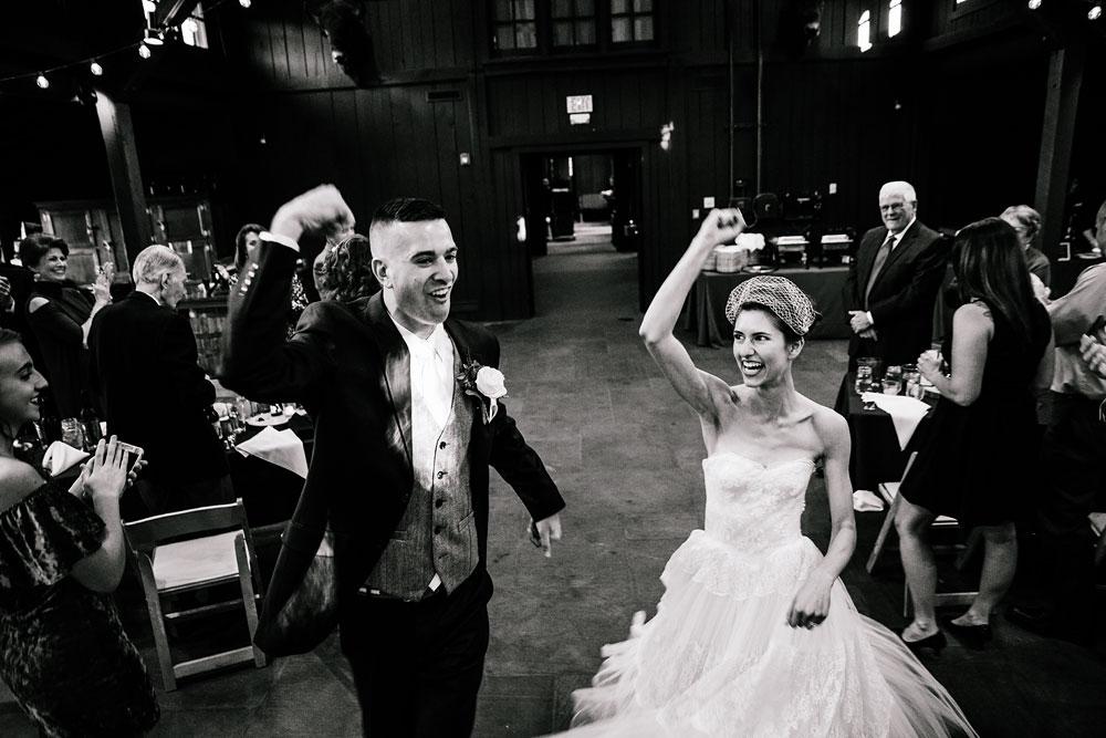 happy-days-lodge-cuyahoga-valley-national-park-wedding-photographers-peninsula-ohio-135.jpg