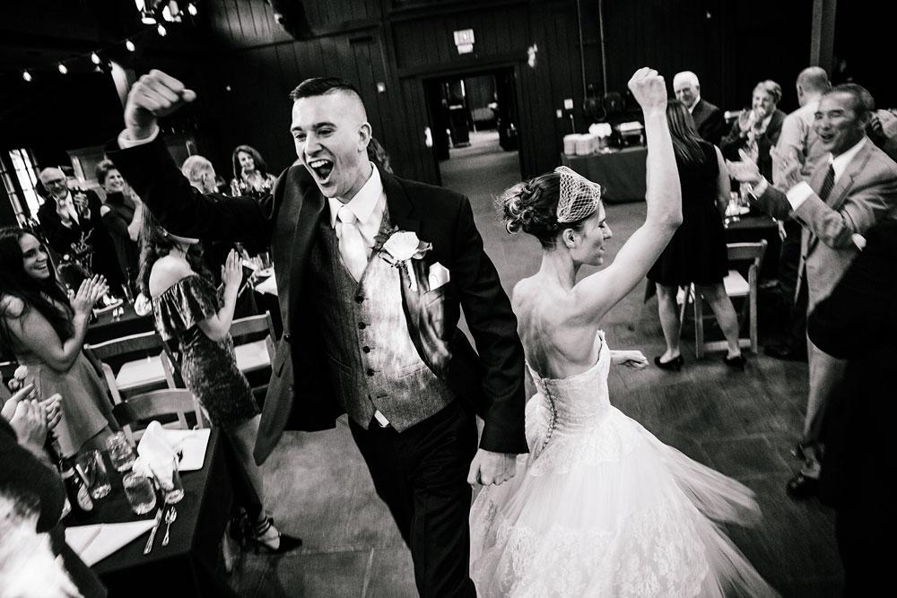 happy-days-lodge-cuyahoga-valley-national-park-wedding-photographers-peninsula-ohio-136.jpg