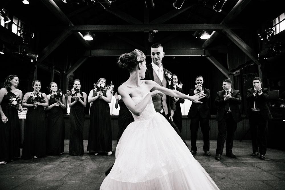 happy-days-lodge-cuyahoga-valley-national-park-wedding-photographers-peninsula-ohio-138.jpg