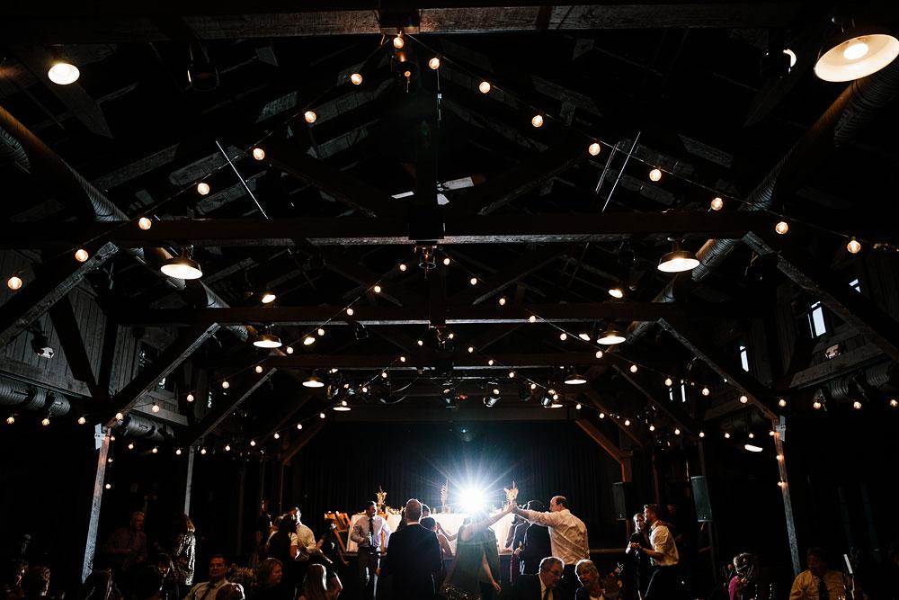 happy-days-lodge-cuyahoga-valley-national-park-wedding-photographers-peninsula-ohio-154.jpg