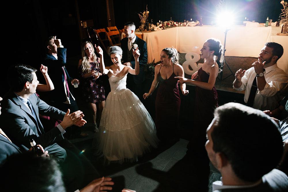 happy-days-lodge-cuyahoga-valley-national-park-wedding-photographers-peninsula-ohio-157.jpg