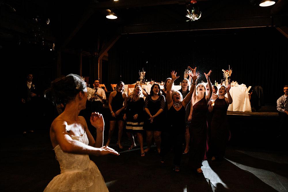 happy-days-lodge-cuyahoga-valley-national-park-wedding-photographers-peninsula-ohio-159.jpg