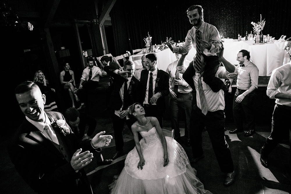 happy-days-lodge-cuyahoga-valley-national-park-wedding-photographers-peninsula-ohio-162.jpg