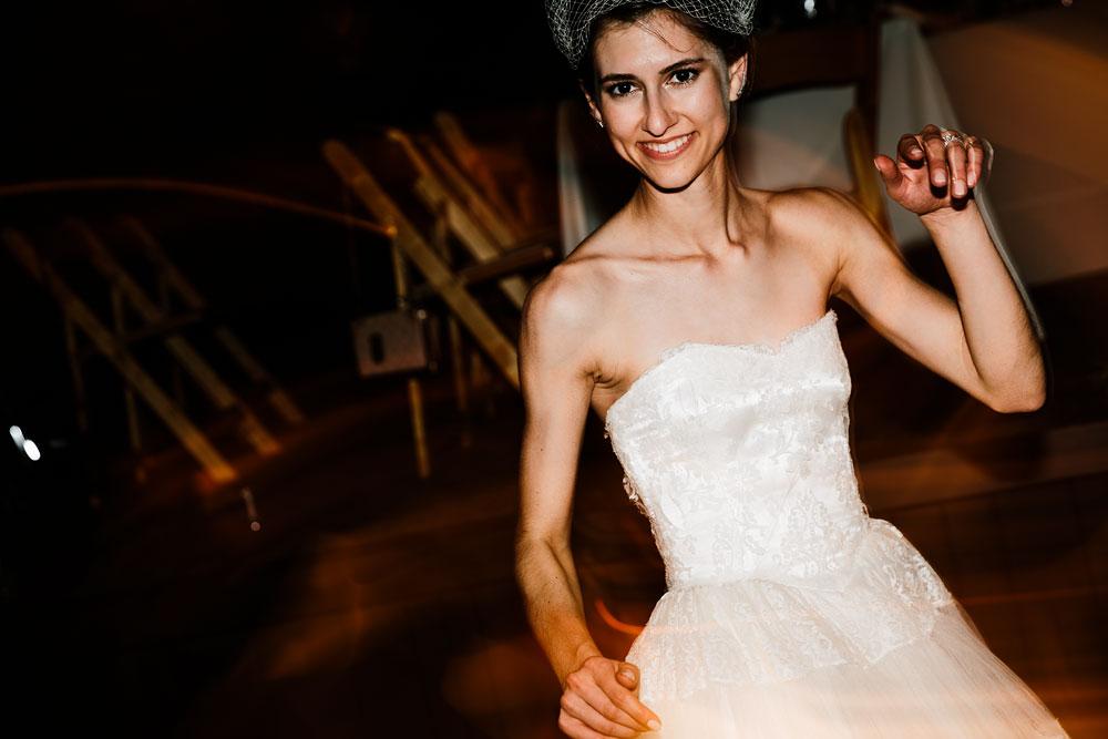happy-days-lodge-cuyahoga-valley-national-park-wedding-photographers-peninsula-ohio-165.jpg