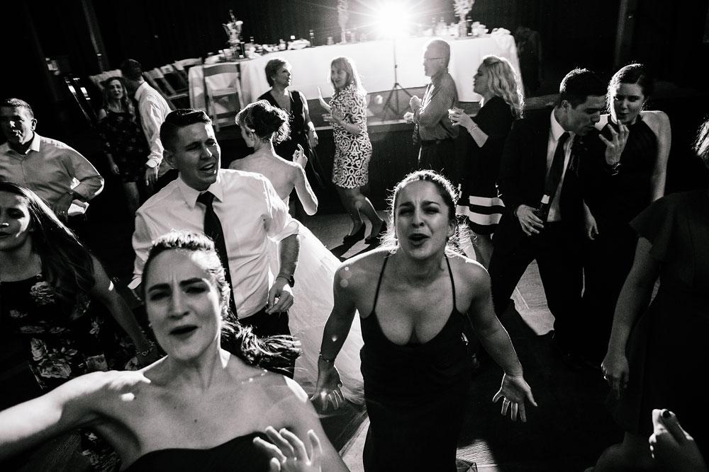 happy-days-lodge-cuyahoga-valley-national-park-wedding-photographers-peninsula-ohio-175.jpg
