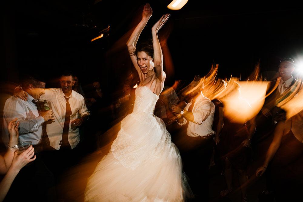 happy-days-lodge-cuyahoga-valley-national-park-wedding-photographers-peninsula-ohio-180.jpg