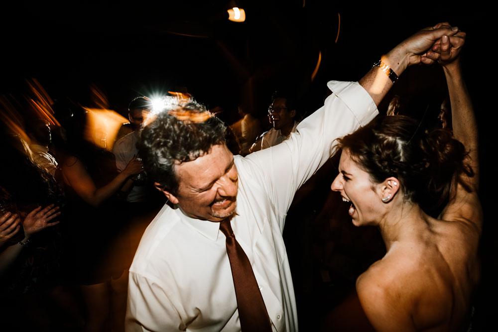 happy-days-lodge-cuyahoga-valley-national-park-wedding-photographers-peninsula-ohio-181.jpg