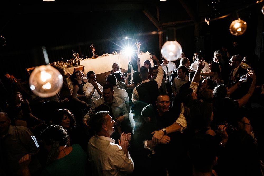 happy-days-lodge-cuyahoga-valley-national-park-wedding-photographers-peninsula-ohio-188.jpg