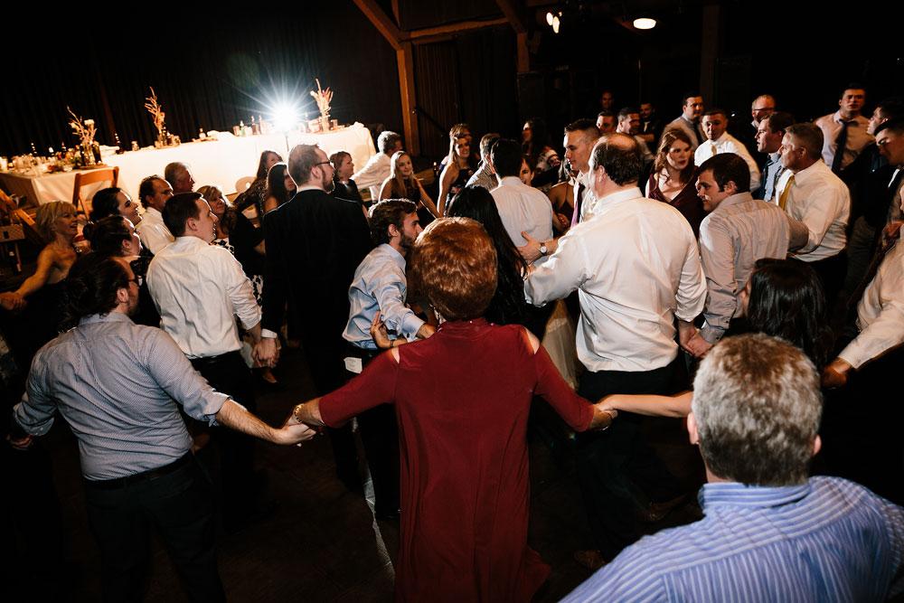 happy-days-lodge-cuyahoga-valley-national-park-wedding-photographers-peninsula-ohio-189.jpg
