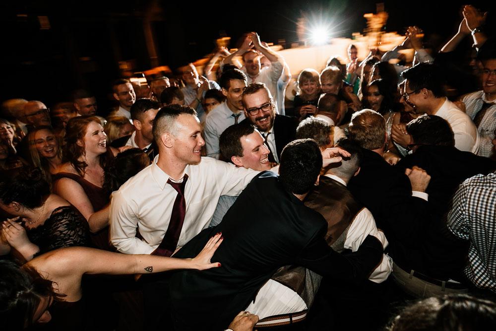 happy-days-lodge-cuyahoga-valley-national-park-wedding-photographers-peninsula-ohio-192.jpg