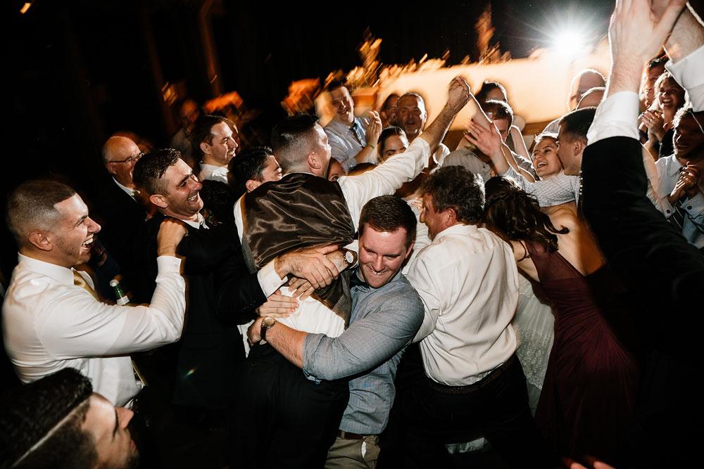 happy-days-lodge-cuyahoga-valley-national-park-wedding-photographers-peninsula-ohio-193.jpg