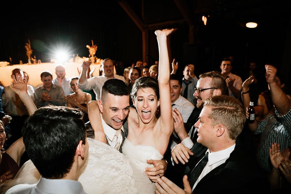 happy-days-lodge-cuyahoga-valley-national-park-wedding-photographers-peninsula-ohio-195.jpg