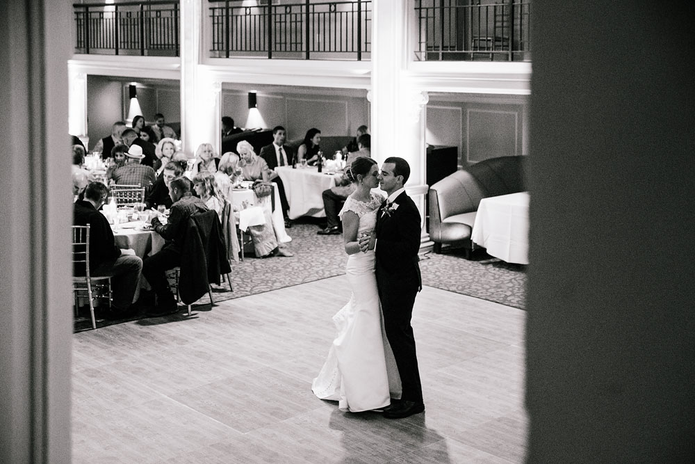 cleveland-wedding-photographers-park-lane-ballroom-university-circle-130.jpg