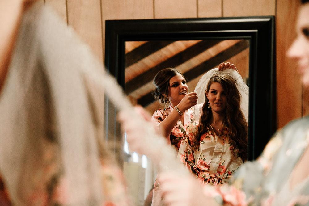 cleveland-ohio-wedding-photography-vintage-roaring-twenties-outdoor-photographer-18.jpg
