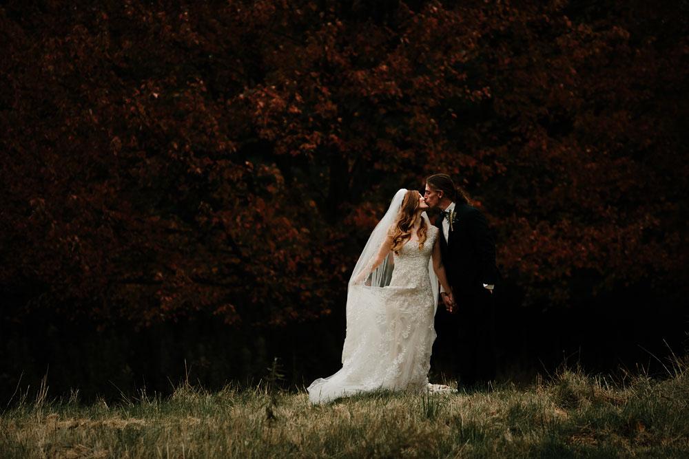 cleveland-ohio-wedding-photography-vintage-roaring-twenties-outdoor-photographer-66.jpg