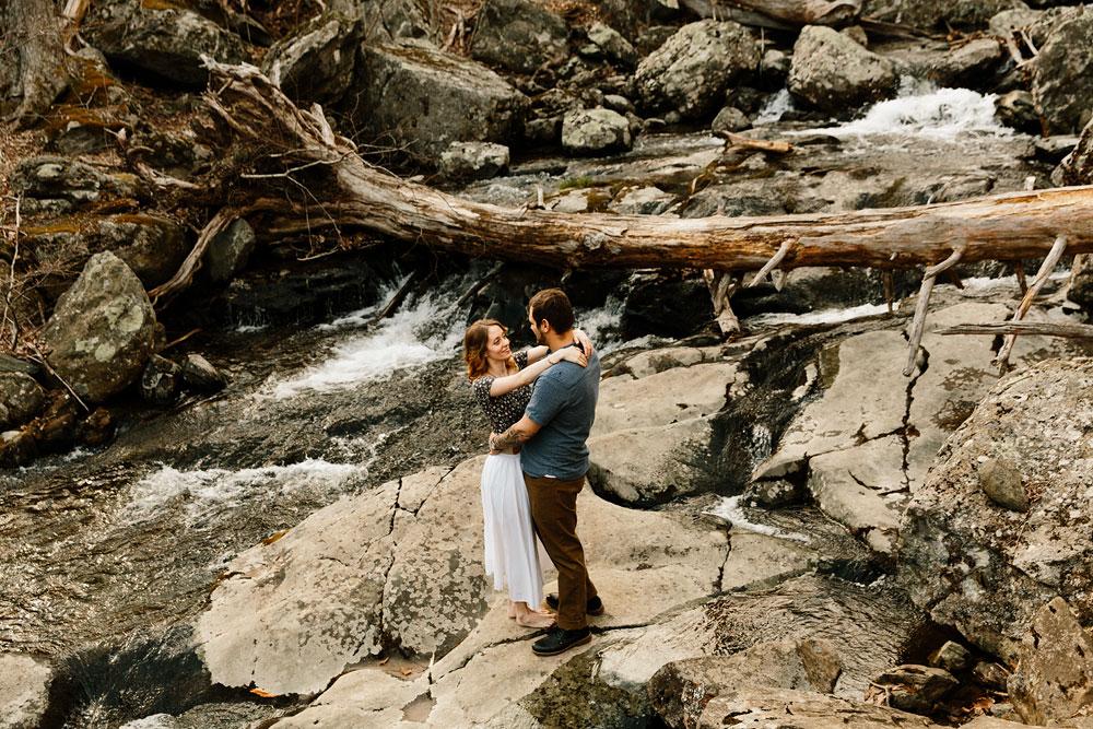 adventure-wedding-photographers-at-shenandoah-national-park-17.jpg