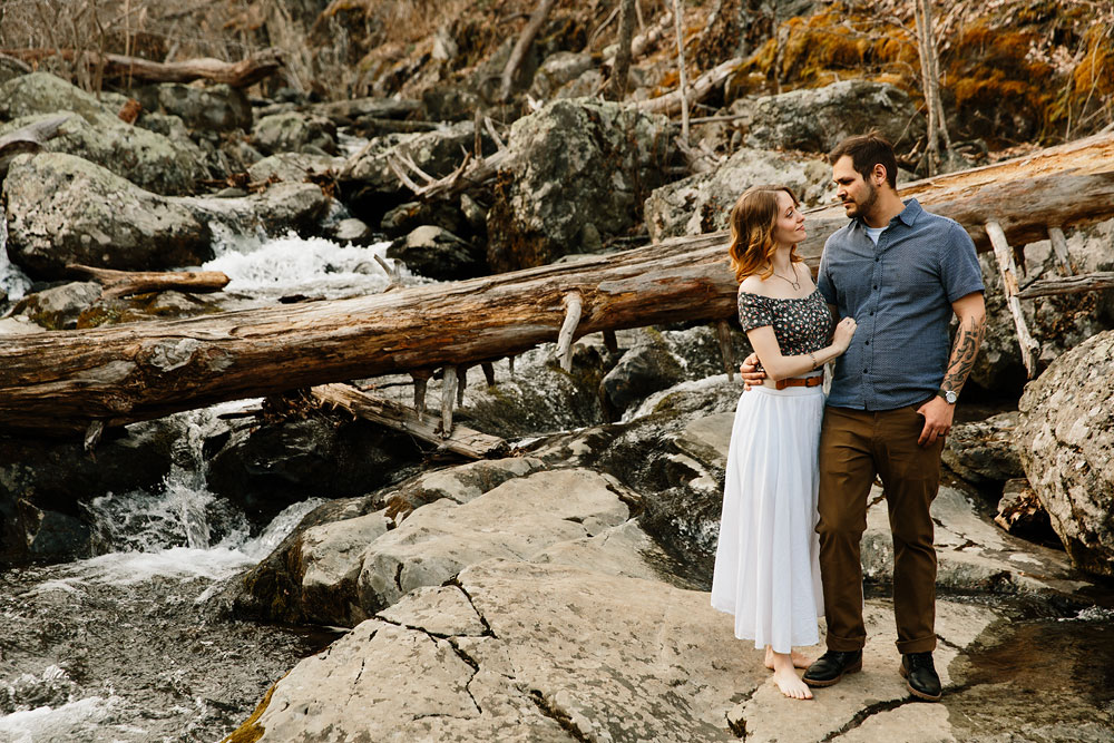 adventure-wedding-photographers-at-shenandoah-national-park-19.jpg