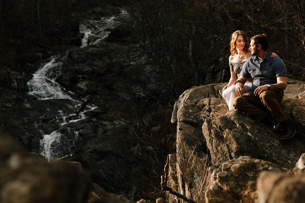 adventure-wedding-photographers-at-shenandoah-national-park-36.jpg