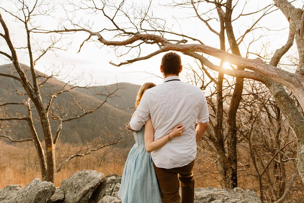 adventure-wedding-photographers-at-shenandoah-national-park-42.jpg