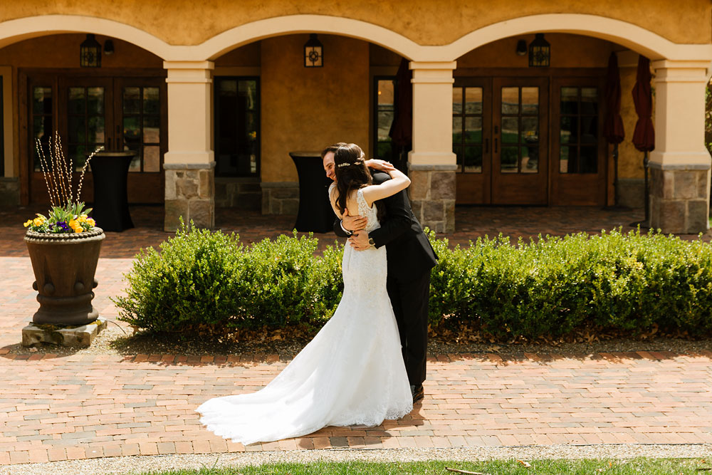 cleveland-wedding-photographers-gervasi-vineyard-canton-ohio-venue-30.jpg