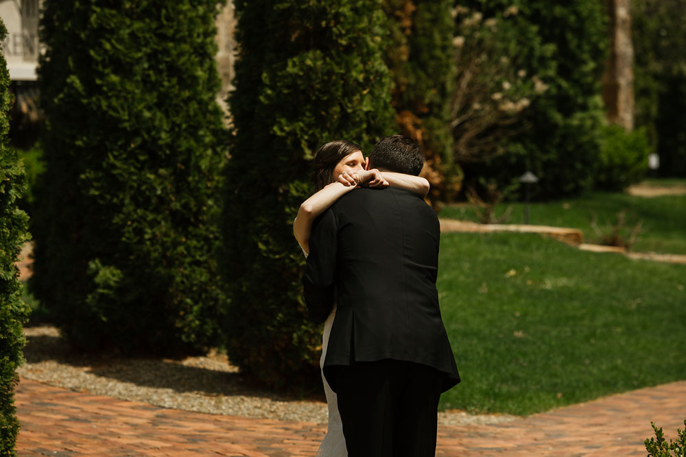 cleveland-wedding-photographers-gervasi-vineyard-canton-ohio-venue-31.jpg