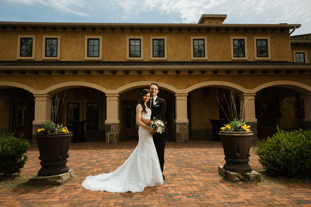 cleveland-wedding-photographers-gervasi-vineyard-canton-ohio-venue-33.jpg