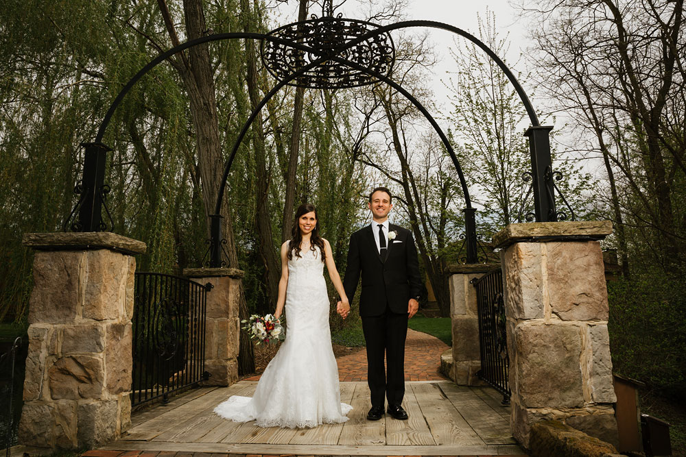 cleveland-wedding-photographers-gervasi-vineyard-canton-ohio-venue-45.jpg