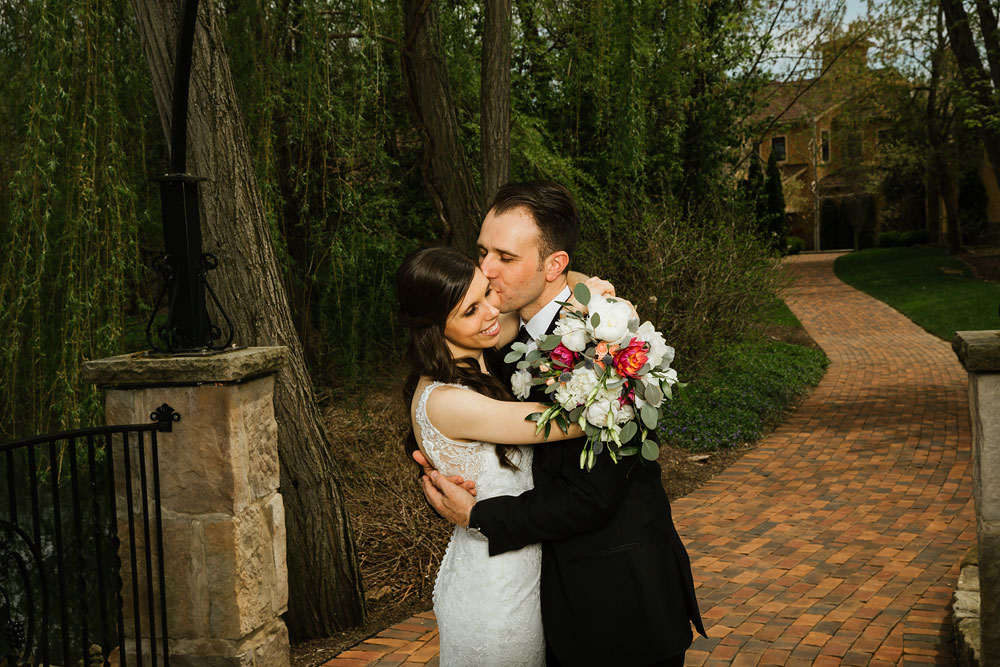 cleveland-wedding-photographers-gervasi-vineyard-canton-ohio-venue-46.jpg